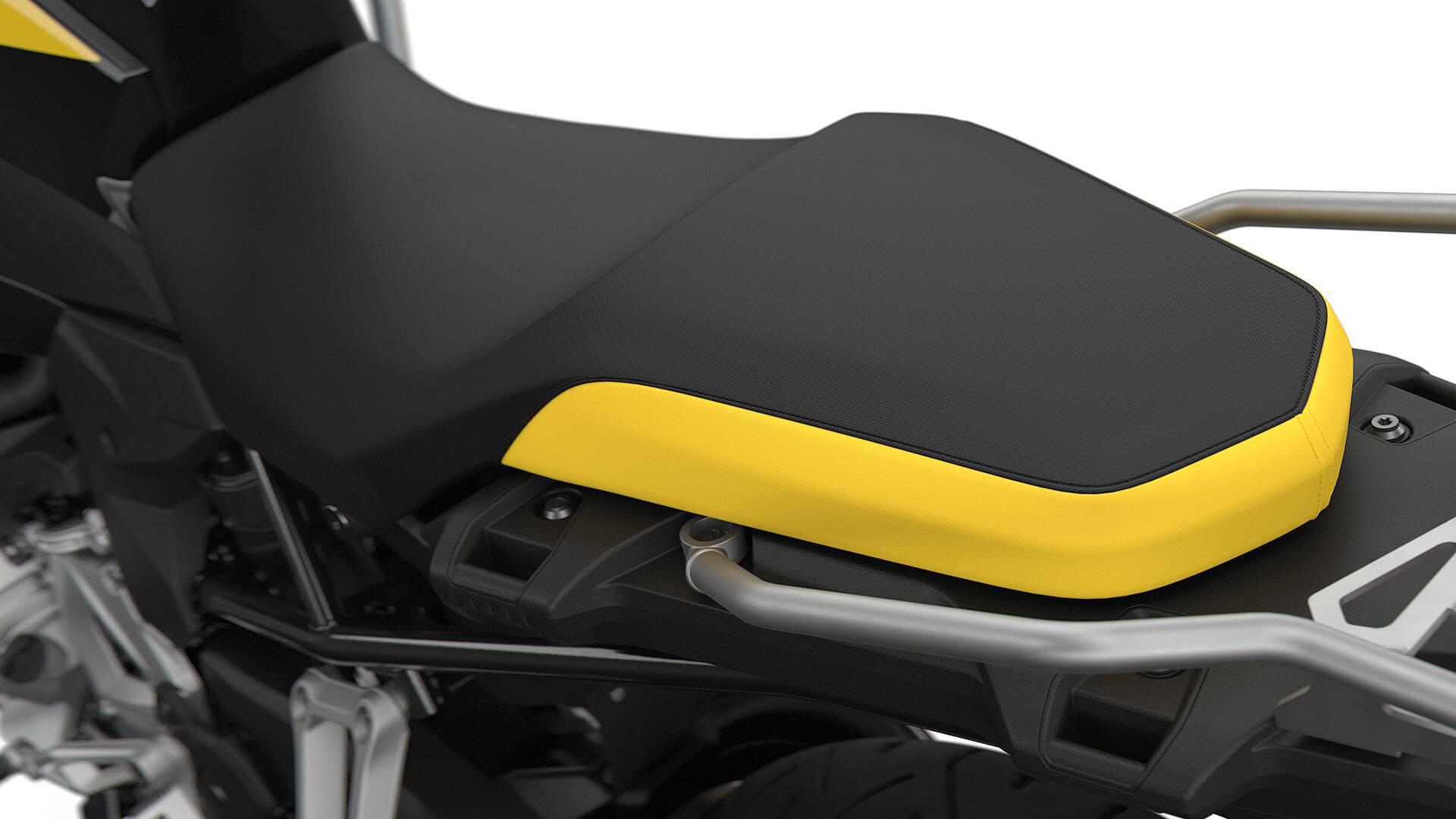 Черно-желтое сиденье