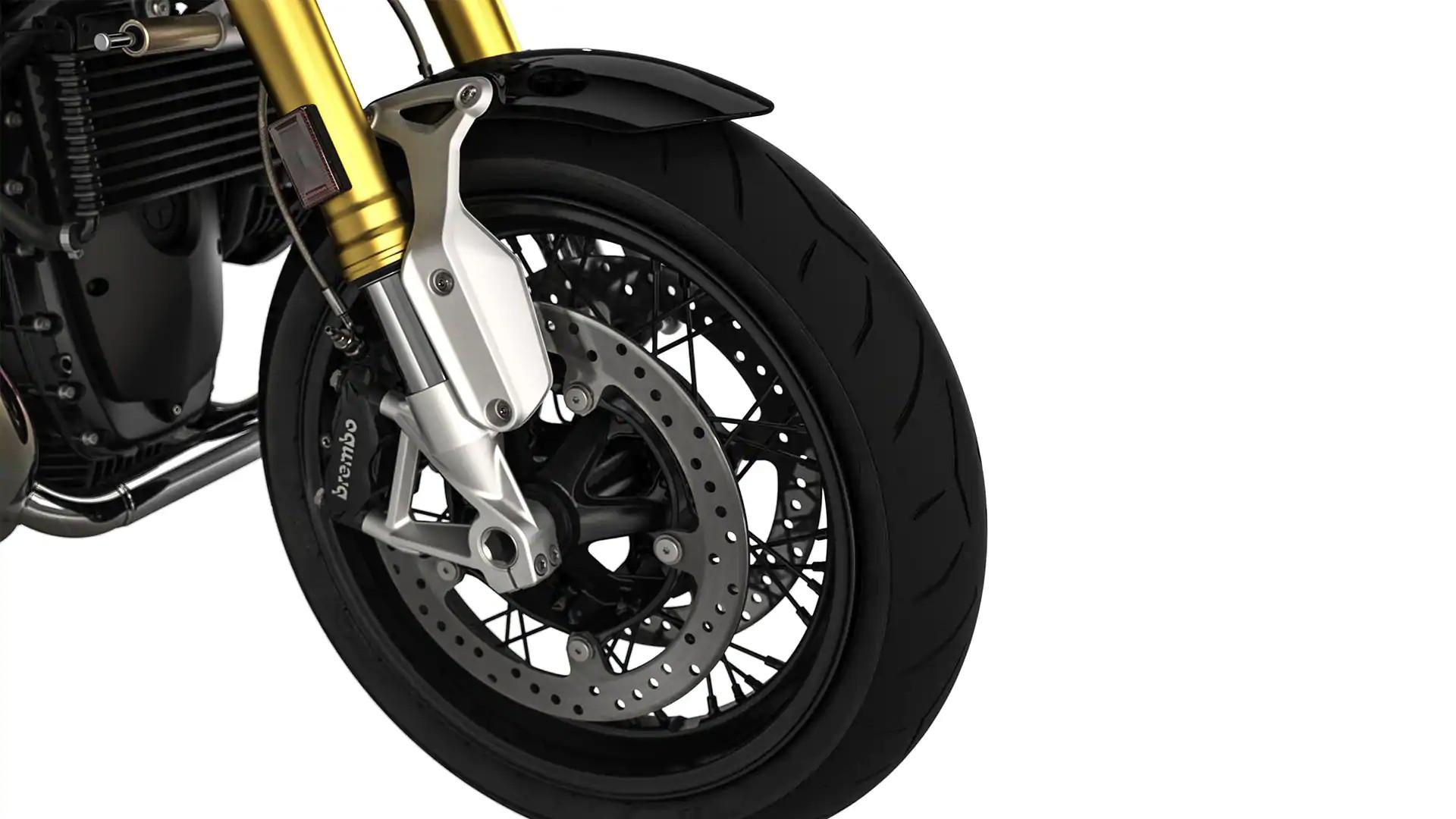 Спицевые колеса с кронштейном переднего крыла